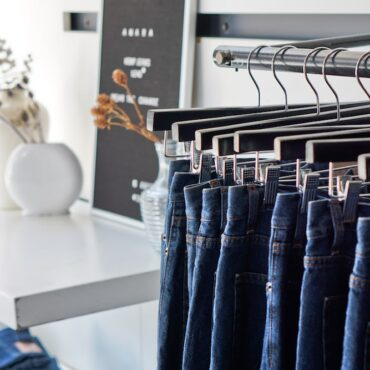 West_Emerald_Creative_Branding_Content_Photography_Business_Launch_Jeans-min